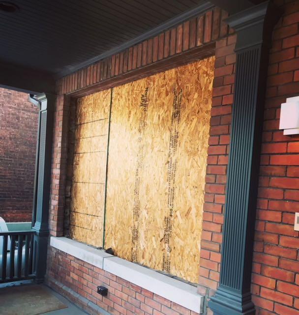 Opening for brick window